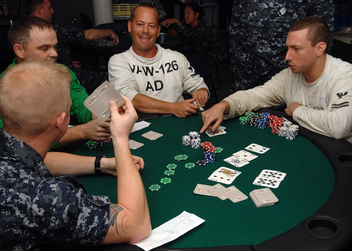 Gambling Enterprise Holdem Online Poker Guidelines, Approach & Tips TOP